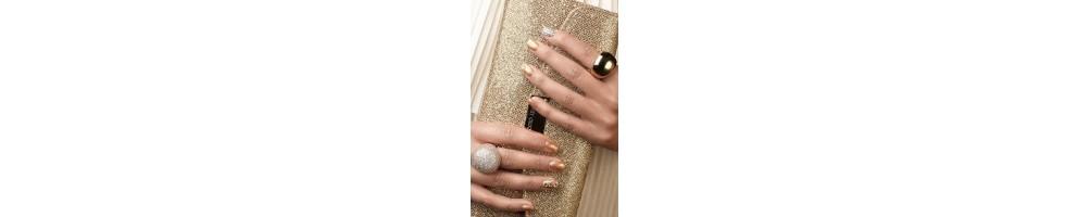 Febbre dell'oro - L'ultima tendenza per le tue mani: impreziosisci le tue unghie con i prodotti Astra Nails - il nuovo smalto ef