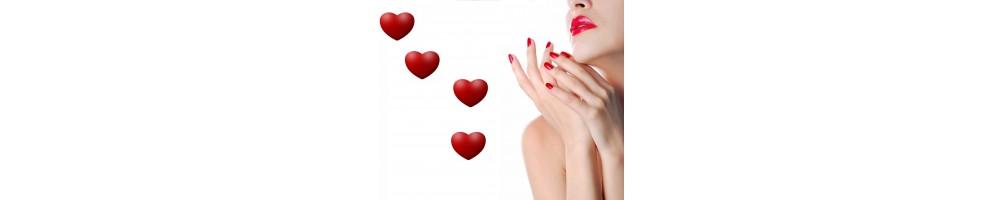 San Valentino - Per una serata romantica o un appuntamento a lume di candela decora le tue unghie con i nostri prodotti. Success