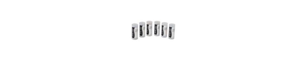 COLORED POWDER - Queste polveri acriliche sono disponibili in 30 colori diversi.Ideali per le decorazioni e il french colorato